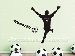 Wandtattoo-Wall-Decal-Fussball-Fussballspieler-Fussballer-Sieger-mit-Wunschname-03