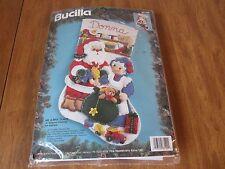 "Bucilla MR and MRS CLAUS Felt Applique 18""Stocking Kit 83199 New"