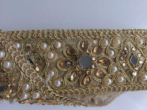 Indian fina estructura Dorado Cristal Flores Con Perlas /& Espejos-Vendida Por Mtr