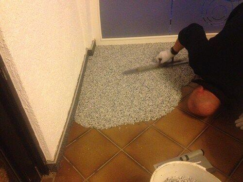 2,5 m² Steinteppich+Binder   m² für Innenräume Marmorkies EP Binder 2-Kom.