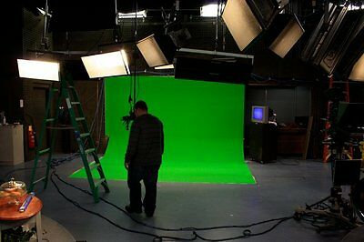 HALF-PRICE LIQUIDATION! 9x25' Chromakey Chroma Key Green Screen Muslin Backdrop