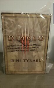 Mini-Tyrael-Collectable-Blizzcon-2011-Diablo-Series-New-In-Box