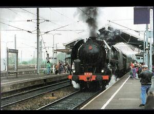 SAINT-GERMAIN-des-FOSSES-03-LOCOMOTIVE-180R-TRAIN-en-GARE-en-1996
