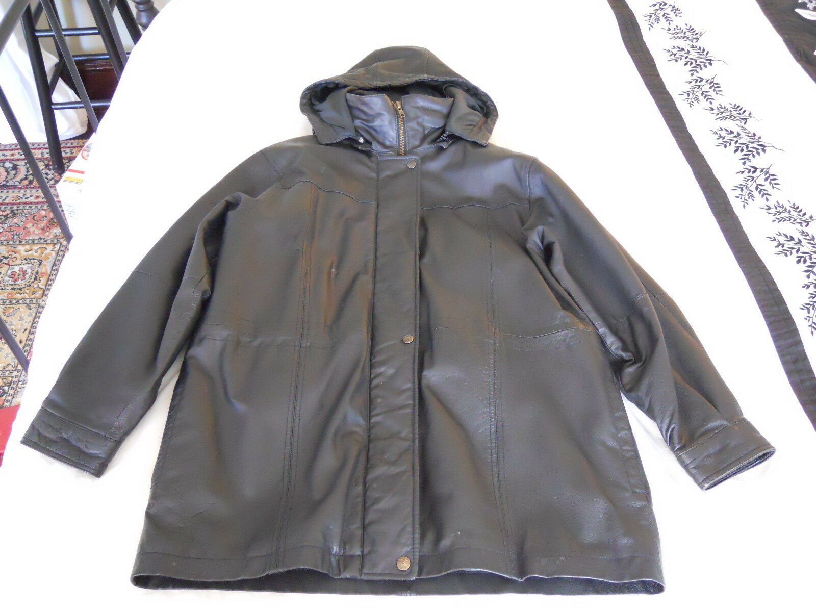 Men's Genuine Leather Coat with Lining Size Medium