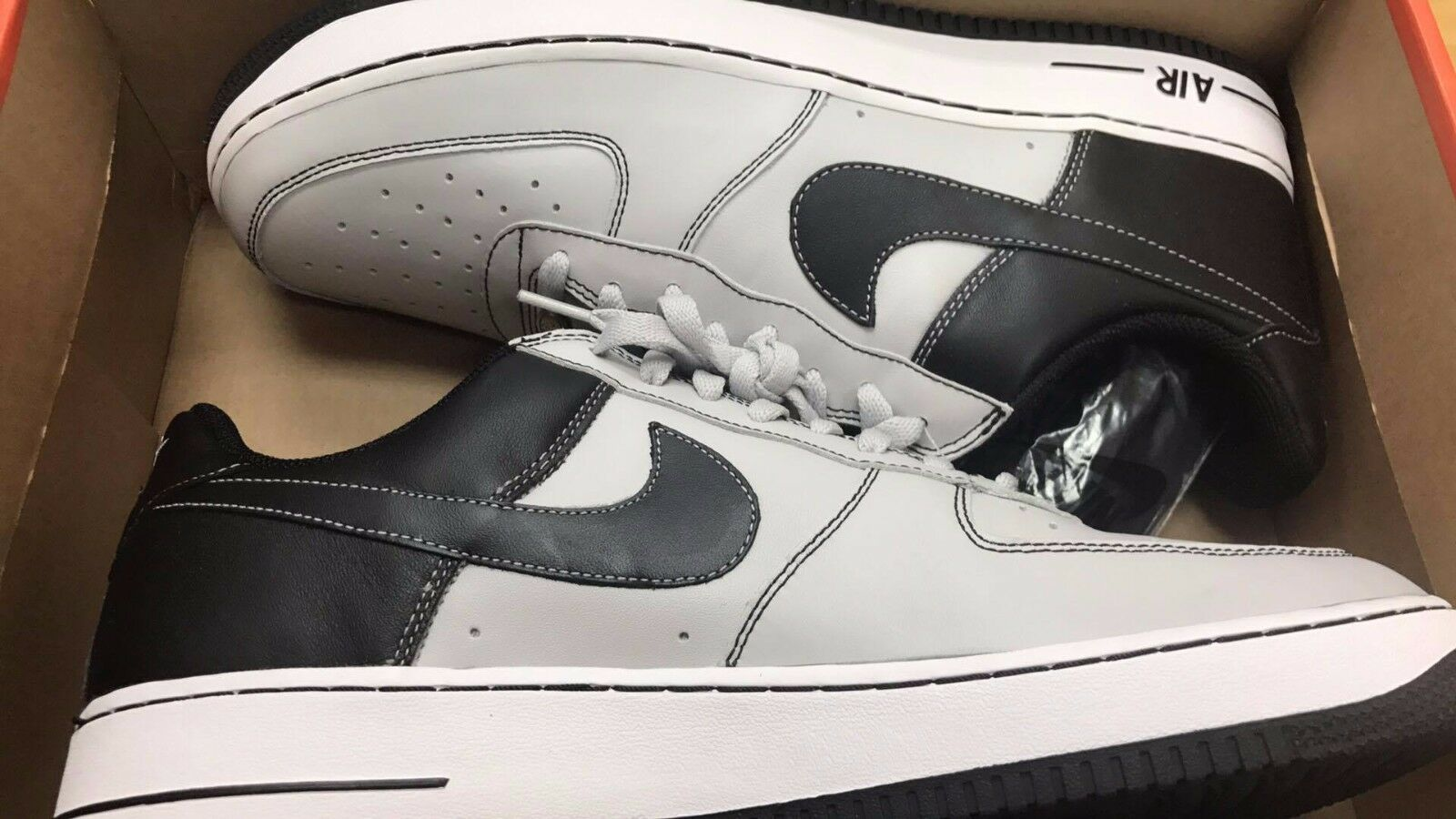 Nike Air Force 1 Oakland Raiders Black Silver Low Tops 313642-001 Sz 13