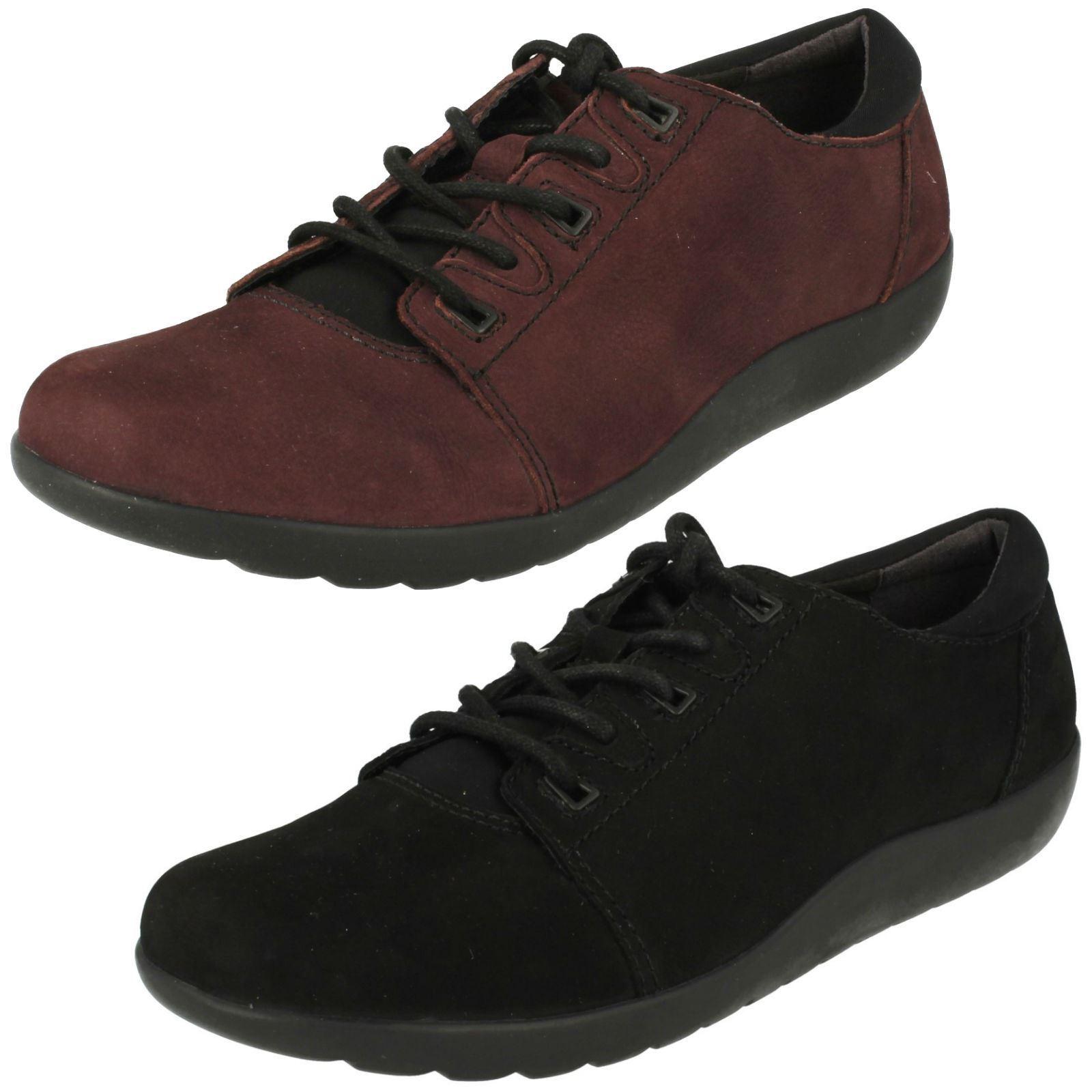 Ladies Clarks Lace Up Flat Shoes 'Medora Bella'