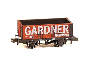 Peco-NR-P427-N-Gauge-7-Plank-Wagon-Gardner-Norwich