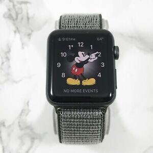 Apple-Watch-Gen-1-42mm-Space-Gray-Aluminium-Series-7000-Olive-Nylon-Loop-7-10
