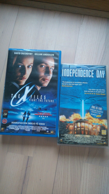 Science Fiction, VHS x-files OG Independence Day, VHS…