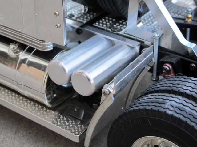 New RC Toy 1/14 Aluminum Air Oil Fuel Tanks Tamiya Semi truck King Knight Hauler