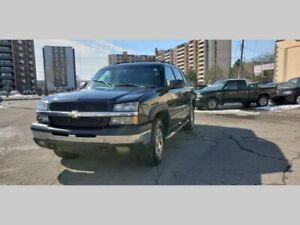 2004 Chevrolet Avalanche 5dr Crew Cab 130 WB 4WD