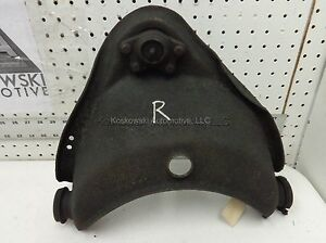 Upper-Control-Arm-C1500-Right-Passenger-Side-4x2-Chevy-GMC-88-89-90-91-92-93-94