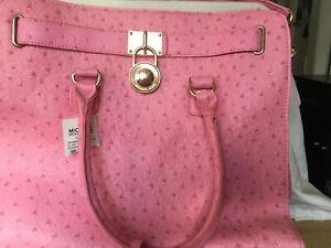 Pink-Leather-Michael-Kors-Leather-Tote-Handbag