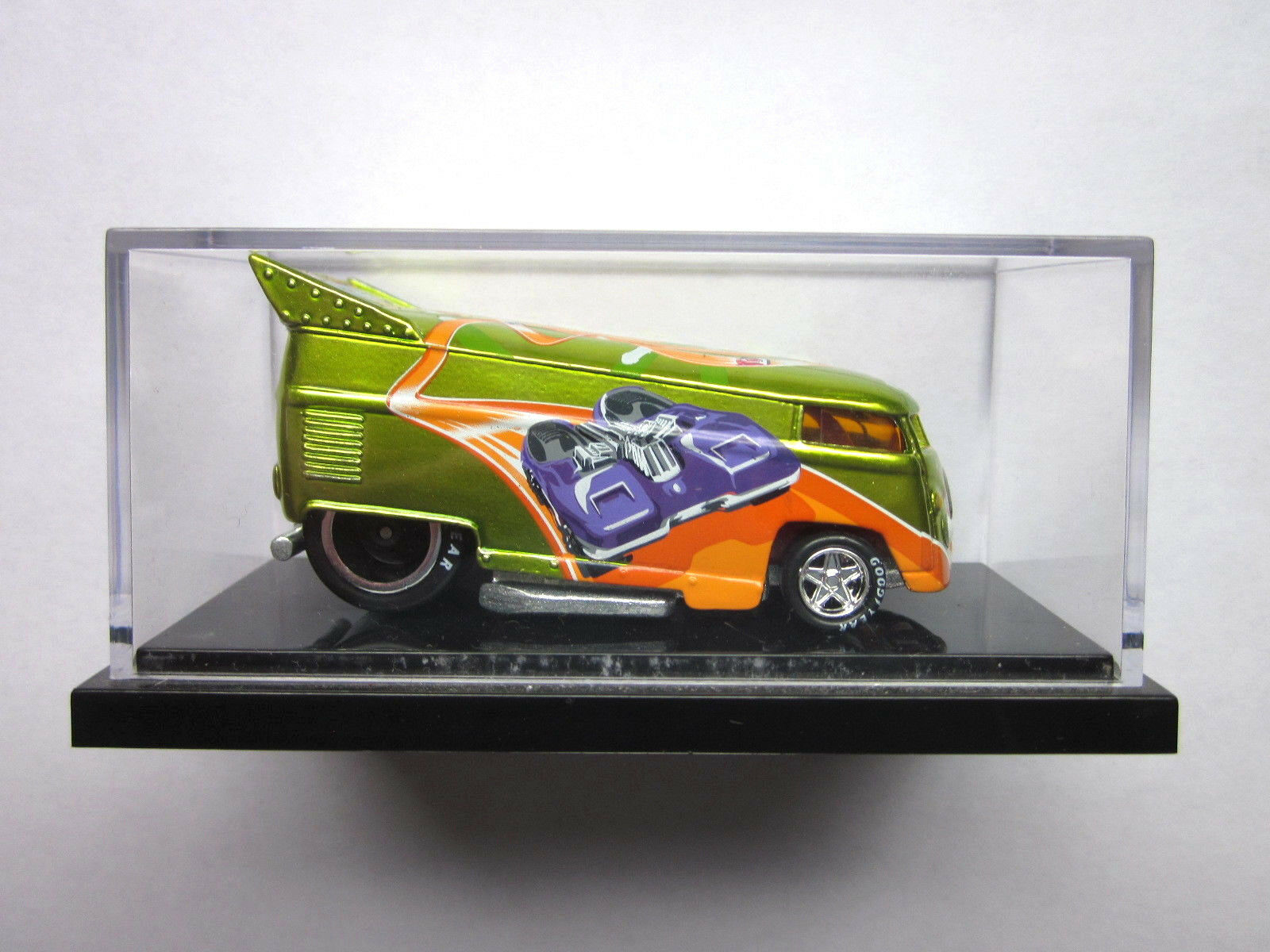 HOT WHEELS LIBERTY PROMOTIONS - 2011 SUMMER SMASH VW DRAG BUS - 384 of 1250