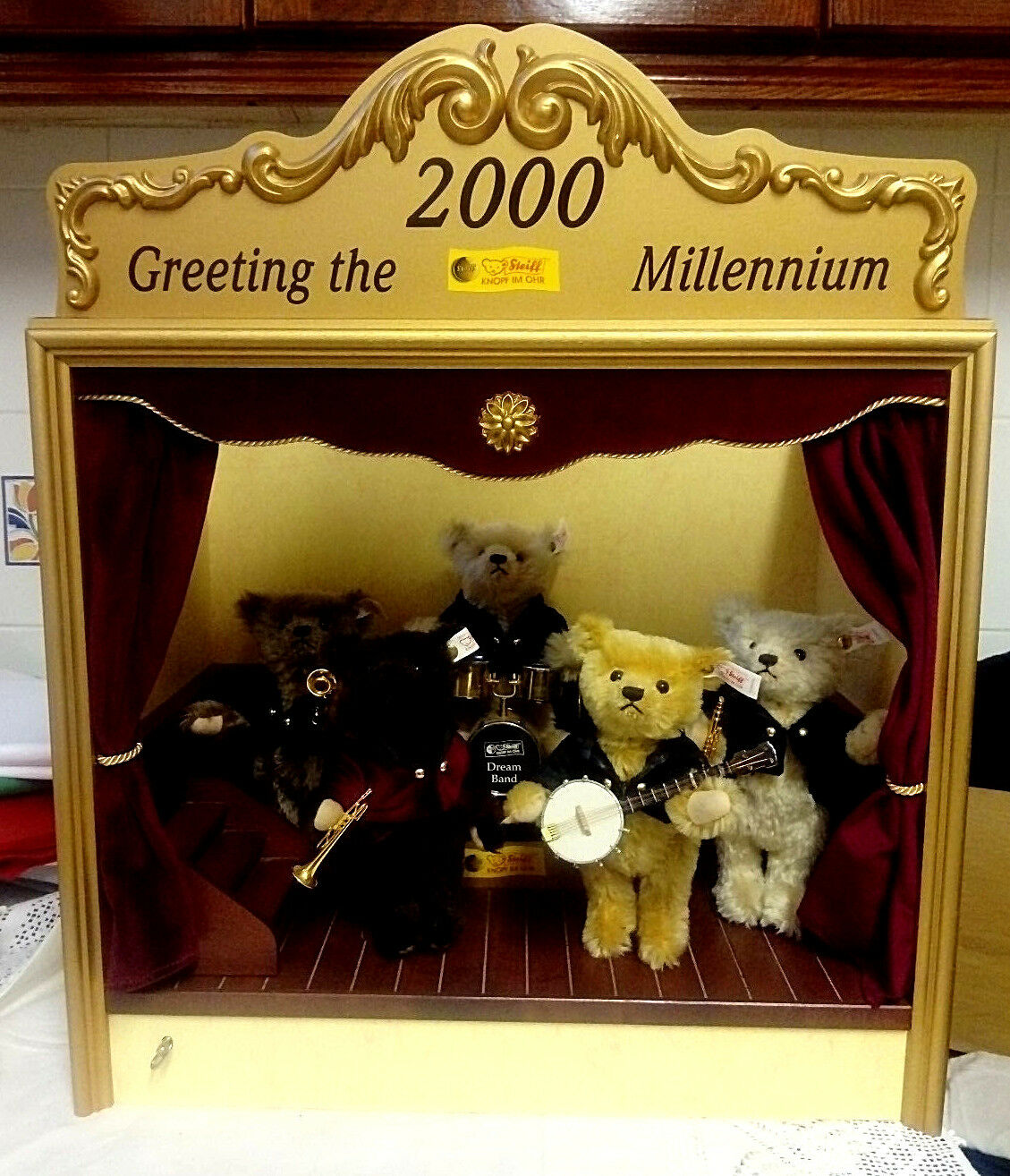Steiff Millenium Musical Band Ltd. Ed. 900 2000, Five Bears, Never Played With