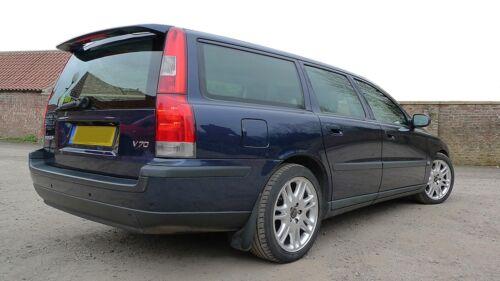 Volvo V70 Mk2 97-00 pre-facelift front bumper panel trim clip metal clip