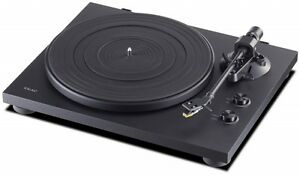TEAC TN-200 Belt Drive Turntable with USB Output - Black TN-200-B