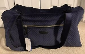 a0c28b9a31 NWT Vera Bradley Iconic Large Travel Duffel in Classic Navy Velvet ...