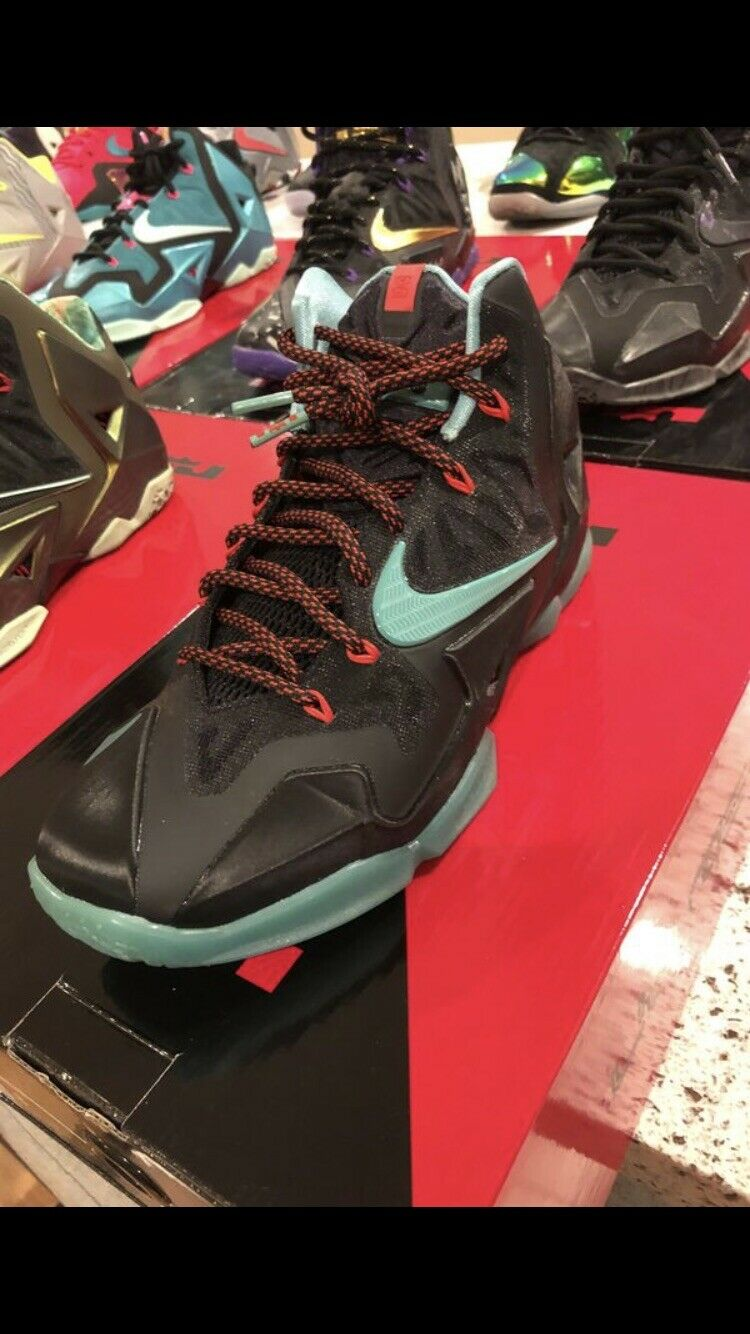 Nike Lebron XI size 8 Black Diffused Jade South Beach shoes (616175-004)
