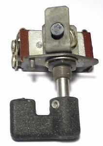 SCR-506-Interrupteur-et-bouton-de-facade-rechange-NOS-NIB-du-Signal-Corps