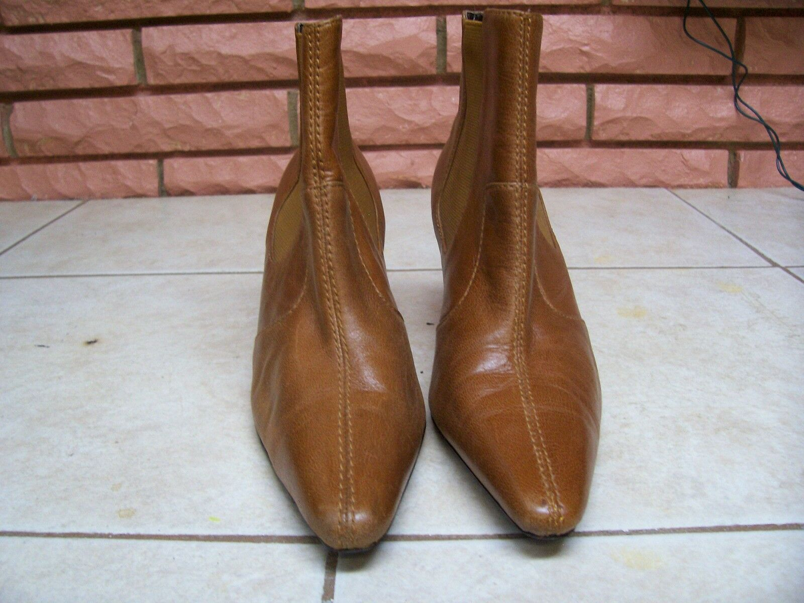 MODA SPANA TAN LEATHER ANKLE BOOTS SIZE 6 1/2 M