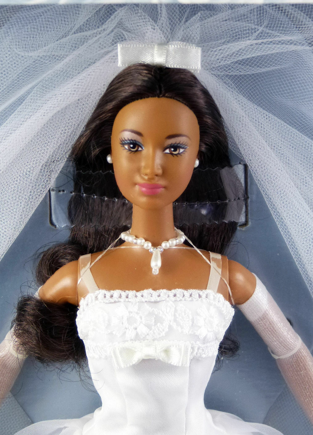 Millennium Wedding AA Barbie Doll The Bridal Collection  27764 New NRFB 2000