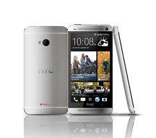 Imported Brand New HTC ONE M7 DUAL (GSM+GSM) Silver 3G Ready Smartphone