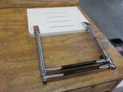 Amarine Made Boat Out-Board Swim High Strength Polyethylene Platform with 2-Steps Ladder