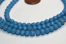Strang 64 cm opal blaue cornerless beads aus Böhmen