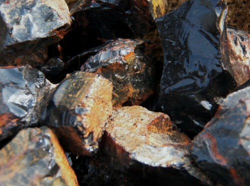 1000 Carat Lots of Black Onyx Rough Plus a Very Nice FREE Faceted Gemstone