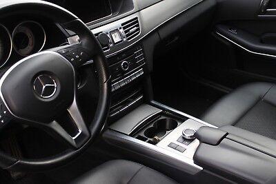 Mercedes-Benz Getränkehalter Becherhalter für E-Klasse C207 in der Mittelkonsole
