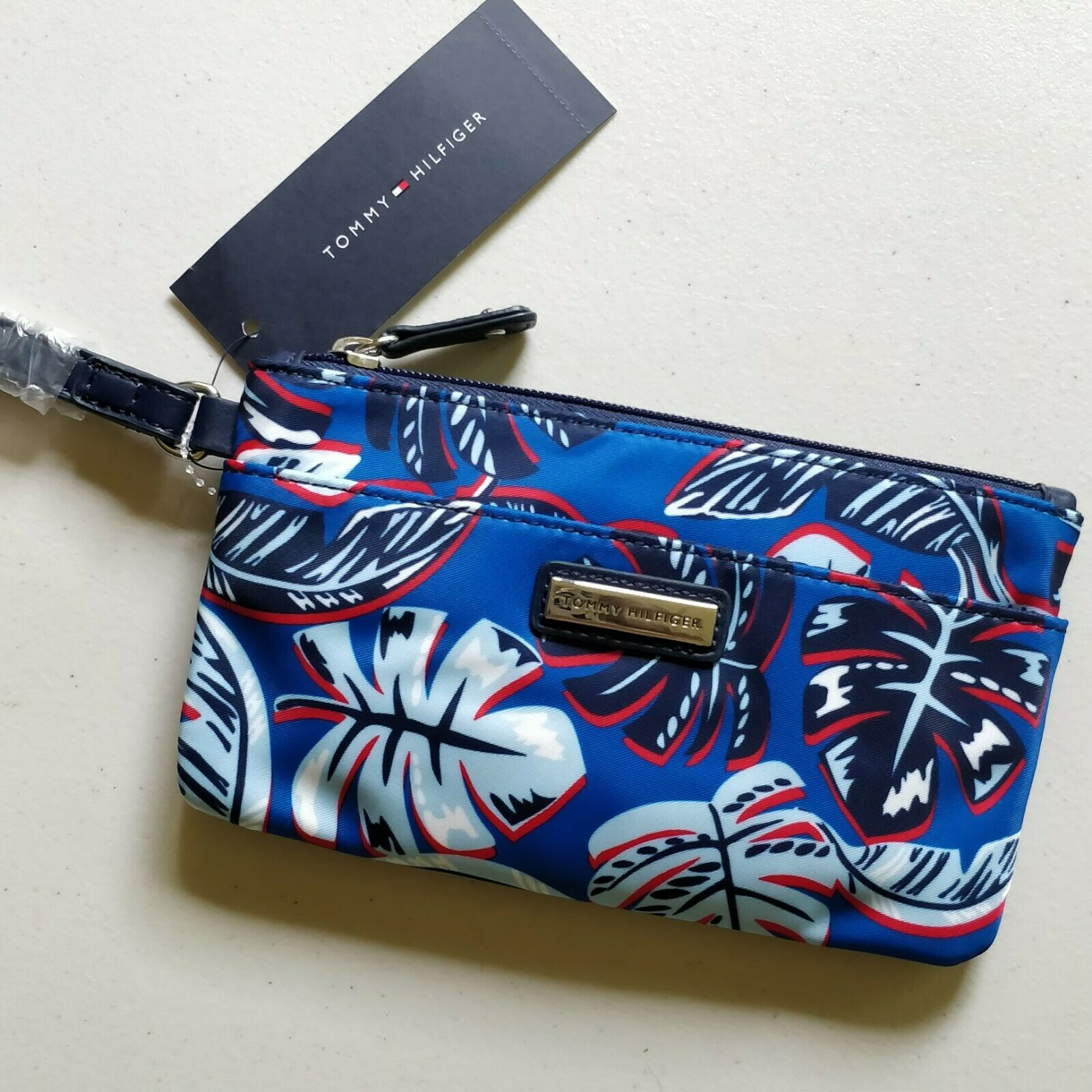 NWT Tommy Hilfiger Womens Tropical Blue Poly Wristlet Wallet Top Zip Clutch