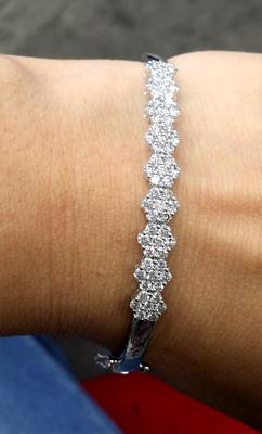 STEAL DEAL 0.50CT 100/% Natural Diamond Flower Cluster Ladies Pendant 14KT Gold