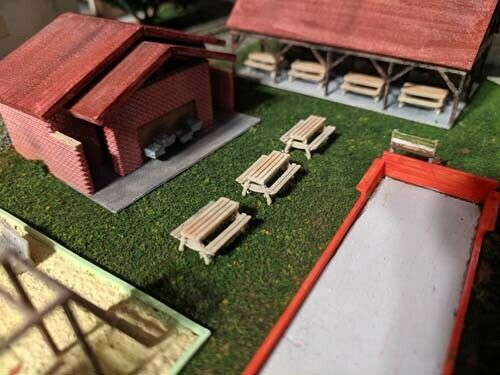 Picnic Tables N Scale set of 5