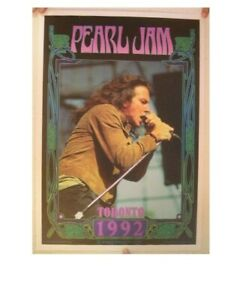 Pearl-Jam-Offset-Poster-Toronto-1992-Bob-Masse
