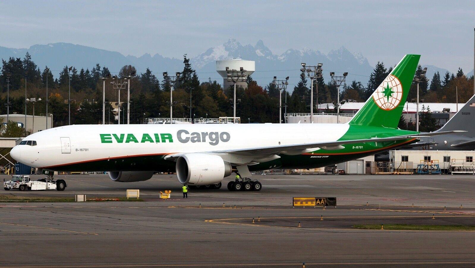 Jc Wings JC2039 1/200 Eva Eva Eva Aria Cargo Boeing 777-200   Lrf   B-16781 con Supporto 2c1d20