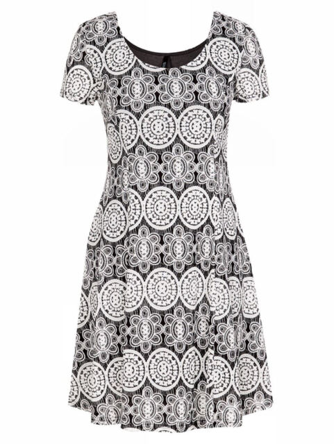 CROSSROADS Lace over Black lined short sleeve skater flare DRESS size 22 NEW