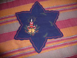 Sternen-Deckchen-bestickt-blau-34cm