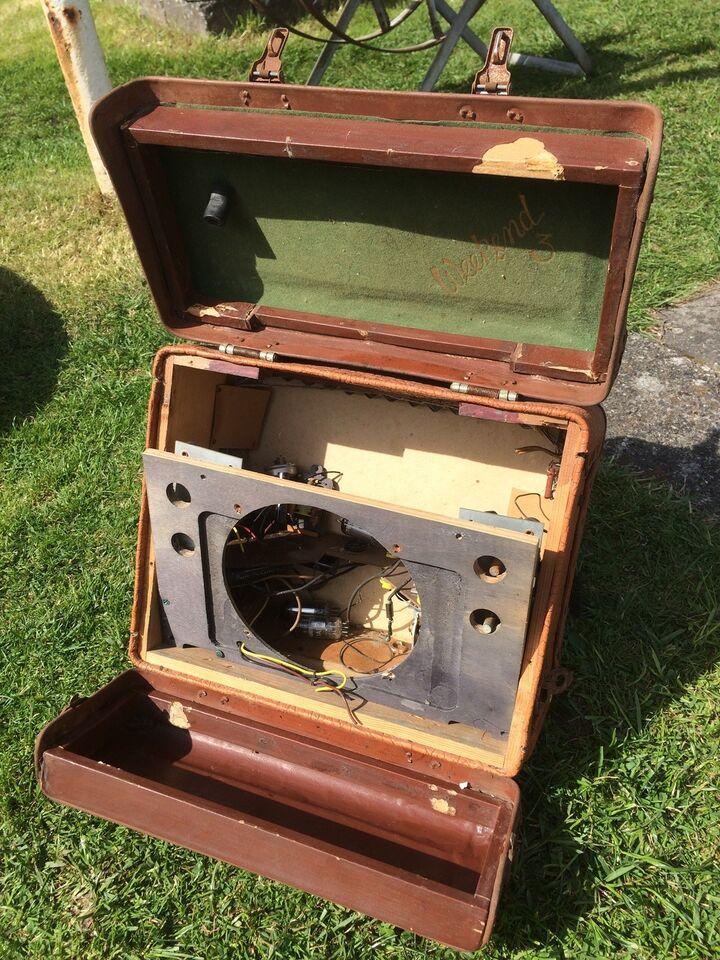Andre samleobjekter, Gl. Radio kuffert