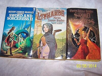 Lot 3 different Marion Zimmer Bradley Books Soft greatcondition Science Fiction