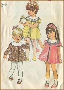 1968 Vintage Front Pleat Dress with Detach Collar Simplicity 7917 Pattern 3 T
