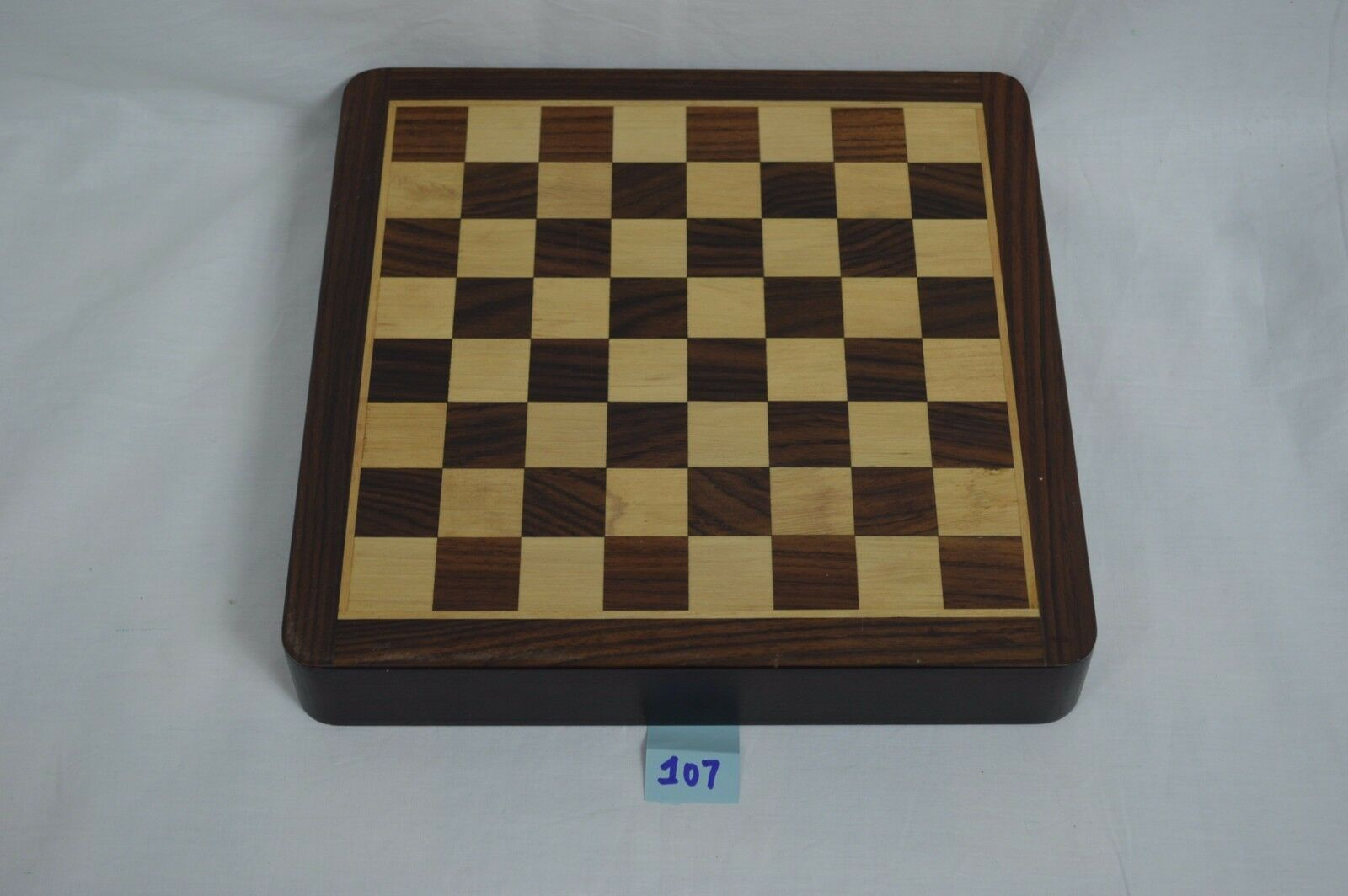 Beautiful Hand Crafted Wooden Felt Lined Chess Set Box