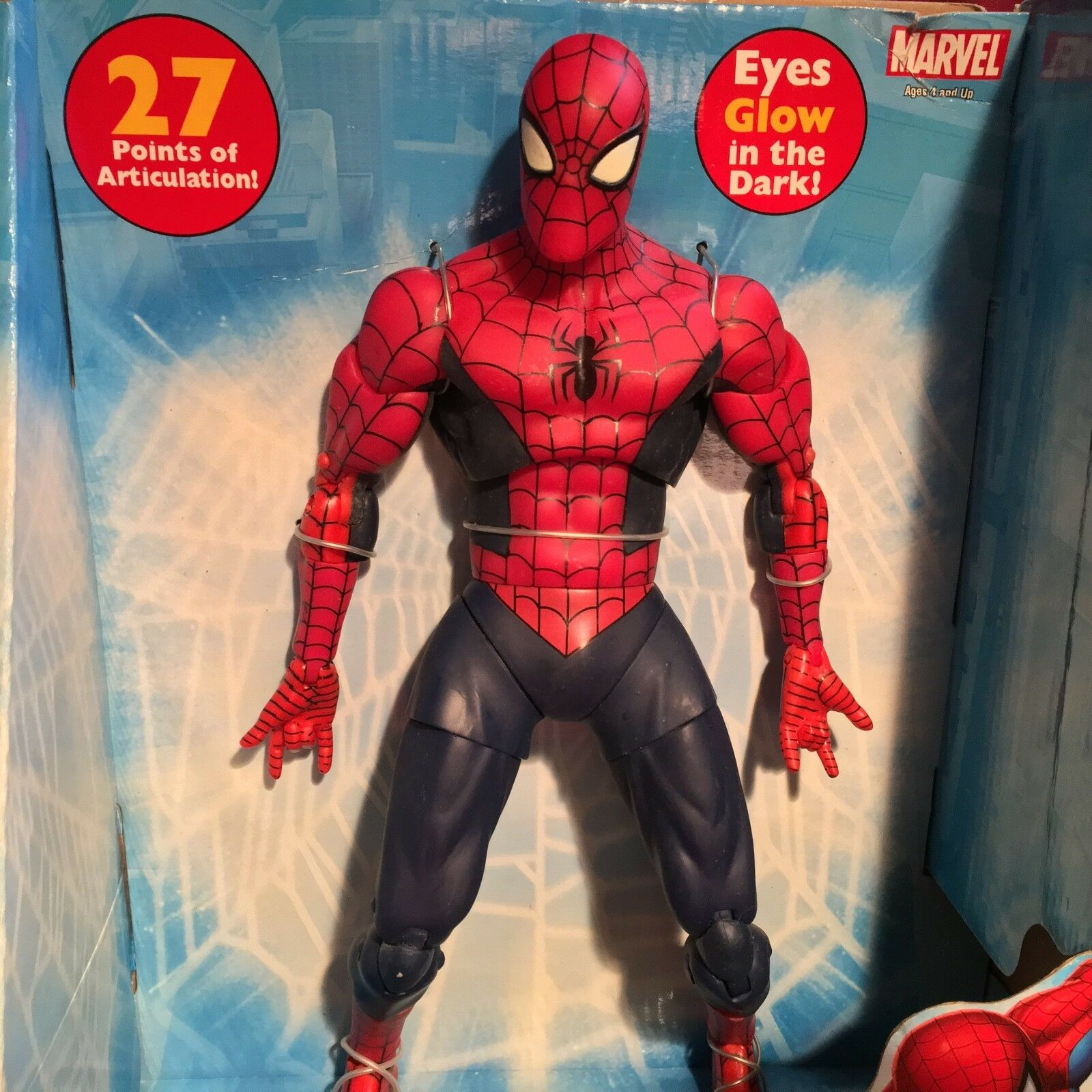 ToyBiz 12  POSEABLE THE AMAZING SPIDER-MAN FIGURE DARK SUIT 27 POA MARVEL ICONS