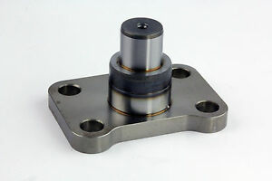 Dana 60 Lower Kingpin Bearing and Seal Kit GM Dodge Ford