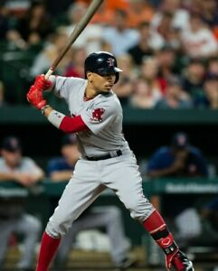 Mookie-Betts-Boston-Red-Sox-UNSIGNED-8x10-Photo-A