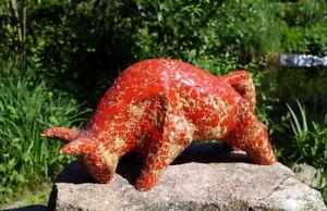 Capable Exquis Tonfigur De Espagne Taureau Rouge Glaçure 2450g. Précieuse Künstlerarbeit