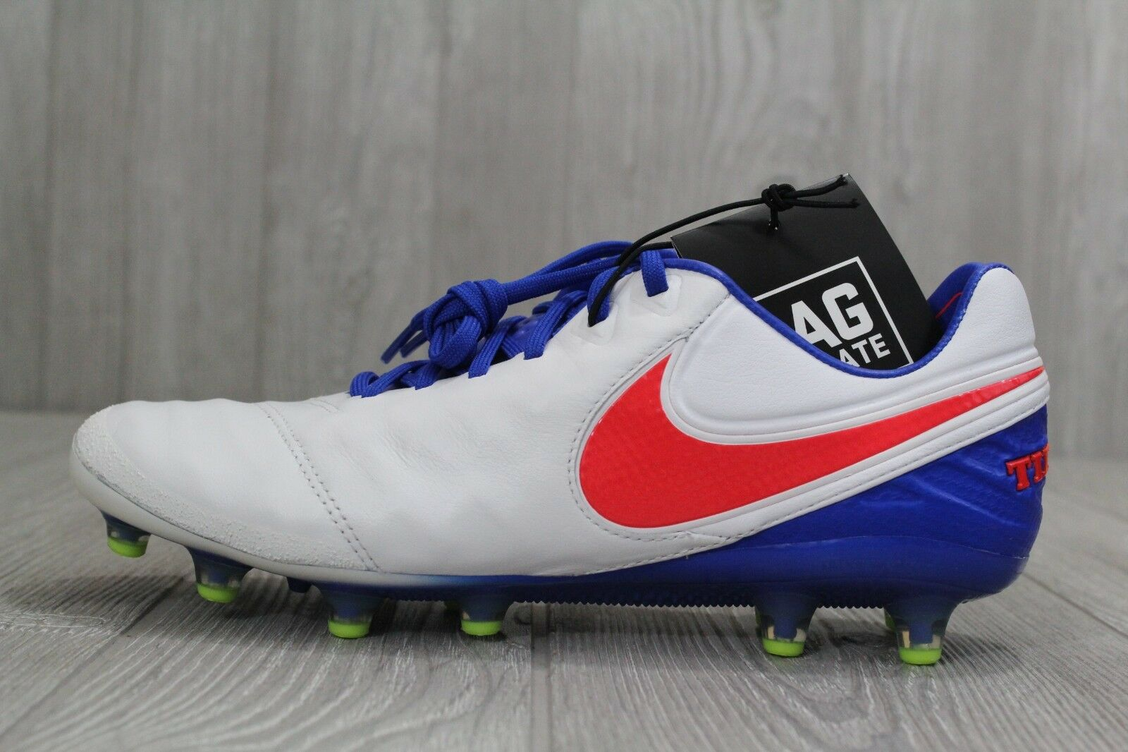 31 New Nike Womens Nike Tiempo Legend Soccer Cleats VI AG ACC USA 846227-100 8.5