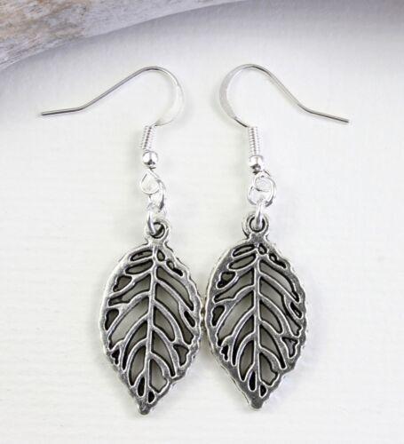Medium Leaf Outline Charm Earrings Dangle Drop Silver Tone Kitch Jewellery