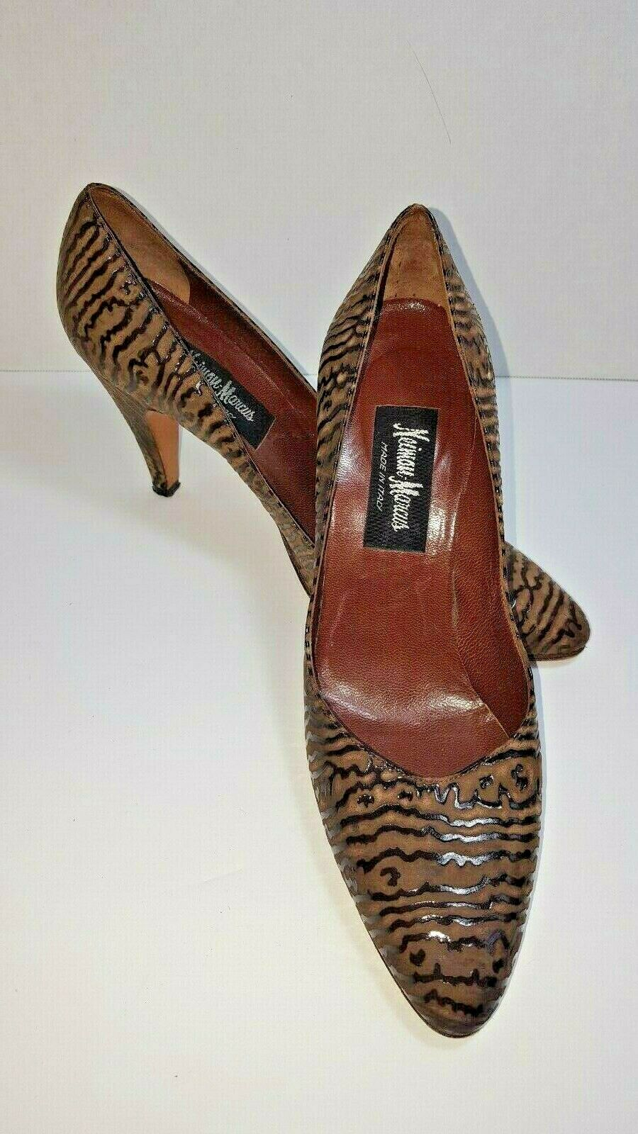 negozio outlet Neiman Marcus nero Marrone Suede Pumps Dimensione 6 N Dress Dress Dress scarpe Heel  Stripped  esclusivo