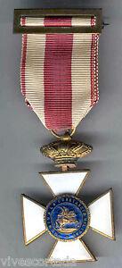 Espana-Medalla-militar-Condecoracion-Orden-San-Hermenegildo-1951-1975-n-56